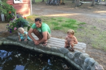 03-dad-at-turtle-pond-